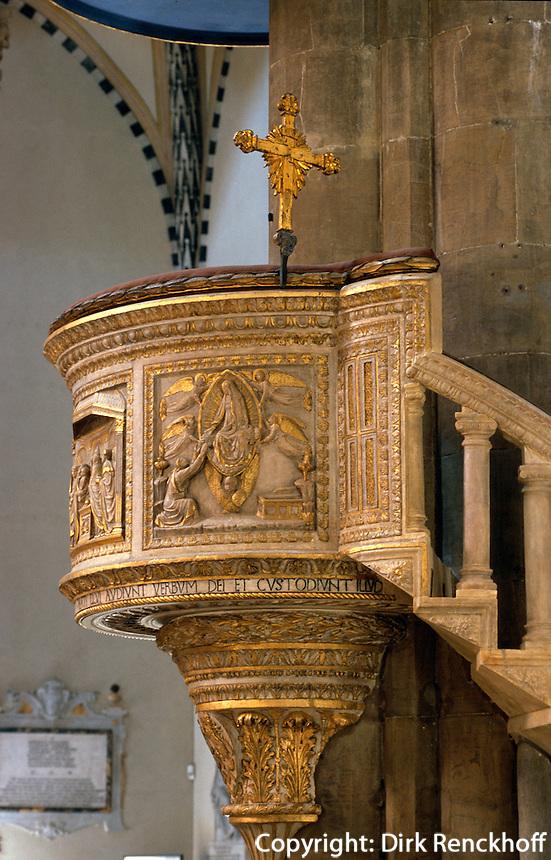 Marmorkanzel in Kirche Santa Maria Novella, Florenz, Toskana, Italien, Unesco-Weltkulturerbe