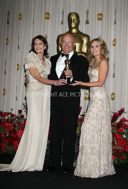 WWW.ACEPIXS.COM . . . . .  ....February 22, 2009. Hollywood, CA....Heath Ledger's family Sally Ledger, Kim Ledger, and Kate Ledger with the posthumous award for 'Best Supporting Actor' for his role in 'The Dark Knight' pose at the 81st Annual Academy Awards press room held at the Kodak Theater on February 22, 2009 in Hollywood, CA.......Please byline: Z09- ACEPIXS.COM.... *** ***..Ace Pictures, Inc:  ..Philip Vaughan (646) 769 0430..e-mail: info@acepixs.com..web: http://www.acepixs.com