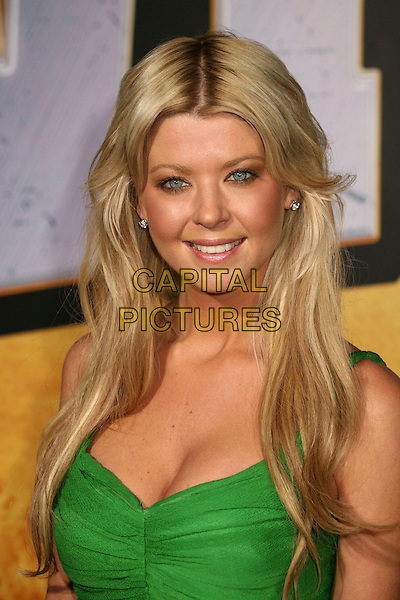 "TARA REID.""Wild Hogs"" Los Angeles Premiere at the El Capitan Theatre, Hollywood, California, USA..February 27th, 2007.headshot portrait cleavage green .CAP/ADM/BP.©Byron Purvis/AdMedia/Capital Pictures"