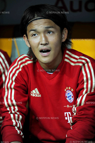 Takashi Usami (Bayern),..JULY 26, 2011 - Football / Soccer :..Takashi Usami of Bayern Munchen sits on the bench before the Audi Cup 2011 match between FC Bayern Muenchen 1(5-3)1 AC Milan at Allianz Arena in Munich, Germany. (Photo by AFLO)
