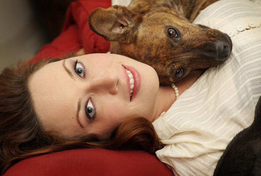 American film actress Venda D'Abato poses with her dog, Max. (Darren Abate/pressphotointl.com)