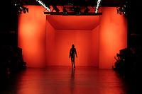 SAO PAULO, SP, 19 MARÇO 2013 - SPFW - ELLUS - Desfile da grife Ellus no segundo dia da São Paulo Fashion Week, coleção Primavera-Verão na Bienal do Ibirapuera, zona sul de São Paulo, nesta terça-feira, 19. (FOTO: MONICA SILVEIRA / BRAZIL PHOTO PRESS)