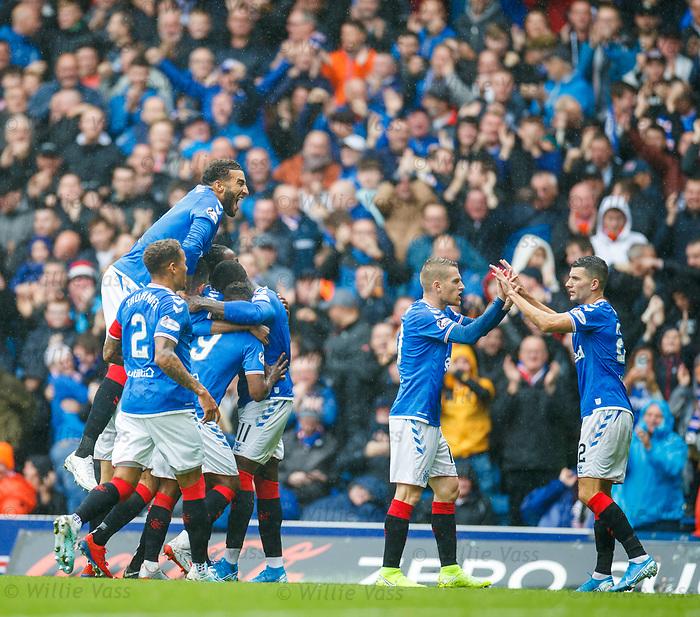 11.08.2019 Rangers v Hibs: Rangers celebrate Jermain Defoe's second goal