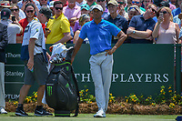 Tiger Woods (USA) looks over his tee shot on 1 during round 1 of The Players Championship, TPC Sawgrass, at Ponte Vedra, Florida, USA. 5/10/2018.<br /> Picture: Golffile | Ken Murray<br /> <br /> <br /> All photo usage must carry mandatory copyright credit (&copy; Golffile | Ken Murray)