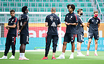 v.l. Oliver Batista Meier, Alphonso Davies, Mickael ''Michael'' Cuisance, Joshua Zirkzee (Bayern)<br />Wolfsburg, 27.06.2020: nph00001: , Fussball Bundesliga, VfL Wolfsburg - FC Bayern Muenchen<br />Foto: Tim Groothuis/Witters/Pool//via nordphoto<br /> DFL REGULATIONS PROHIBIT ANY USE OF PHOTOGRAPHS AS IMAGE SEQUENCES AND OR QUASI VIDEO<br />EDITORIAL USE ONLY<br />NATIONAL AND INTERNATIONAL NEWS AGENCIES OUT