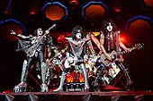 "SUNRISE FL - AUGUST 06: Gene Simmons, Tommy Thayer, Eric Singer and Paul Stanley of KISS perform during ""The End Of The Road World Tour"" at The BB&T Center on August 6, 2019 in Sunrise, Florida. Photo by Larry Marano © 2019"