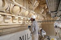 - Milan, restoration works of Vittorio Emanuele II gallery<br /> <br /> - Milano, lavori di restauro della galleria Vittorio Emanuele II