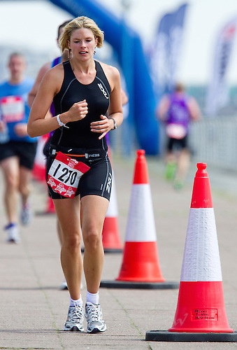 30 JUL 2011 - LONDON, GBR - Actress Isabella Calthorpe - Virgin Active London Triathlon (PHOTO (C) NIGEL FARROW)