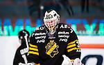 Stockholm 2013-12-07 Ishockey Elitserien AIK - Skellefte&aring; AIK :  <br /> AIK:s m&aring;lvakt Daniel Larsson deppar<br /> (Foto: Kenta J&ouml;nsson) Nyckelord:  AIK Skellefte&aring; SAIK depp besviken besvikelse sorg ledsen deppig nedst&auml;md uppgiven sad disappointment disappointed dejected portr&auml;tt portrait
