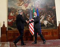 Il Presidente del Consiglio Enrico Letta accoglie il Segretario di Stato degli Stati Uniti John Kerry, a sinistra, a Palazzo Chigi, Roma, 9 maggio 2013.<br /> Italian Premier Enrico Letta welcomes U.S. Secretary of State John Kerry, left, at Chigi Palace, Rome, 9 May 2013.<br /> UPDATE IMAGES PRESS/Isabella Bonotto