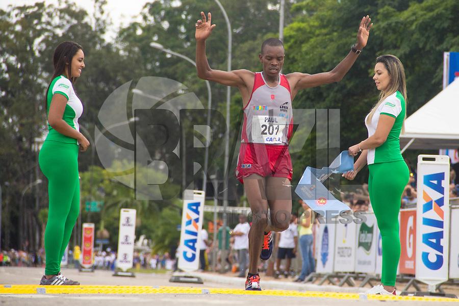 SAO PAULO, SP, 09.04.2016 -MARATONA-SP- Paul Koech Kimutai ,conquista o primeiro lugar nos 42 KM com o tempo de 02:17:56 durante a 23ª edição da Maratona Internacional de São Paulo, realizado na cidade de São Paulo, SP, neste domingo (09).(Foto: Danilo Fernandes/Brazil Photo Press)