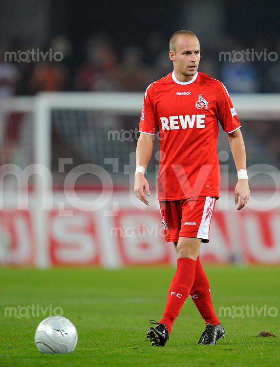 FUSSBALL   1. BUNDESLIGA   SAISON 2008/2009   6. SPIELTAG 1.FC Koeln - FC Schalke 04          26.09.2008 Fabrice EHRET (Koeln), Einzelaktion am Ball.