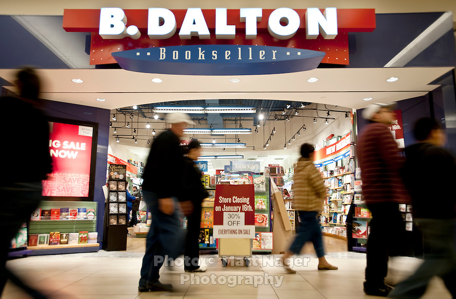 The Laredo, Texas community has voiced its opposition to the closing of the B. Dalton book store, the only book store in Laredo. With over 95 percent of the population as Hispanic Spanish speakers, Laredo ranked the lowest in literacy rates in the 2000 US census. Today there are a number of bi-lingual and dual language classes set up to help students and adults learn english...PHOTOS/ MATT NAGER