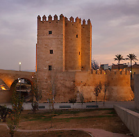 The Torre de la Calahorra, a fortified city gate, built in the 12th century by the Almohads, on the end of the Roman bridge, built 1st century BC over the Guadalquivir river, in Cordoba, Andalusia, Southern Spain. The historic centre of Cordoba is listed as a UNESCO World Heritage Site. Picture by Manuel Cohen