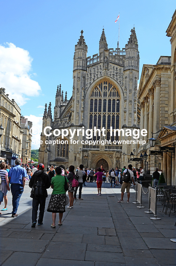 Bath, Somerset, UK, Pump Room is right and Bath Abbey straight ahead. 201407073317<br />