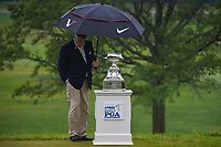 The trophy is shielded from a light rain shower during round 4 of the KPMG Women's PGA Championship, Hazeltine National, Chaska, Minnesota, USA. 6/23/2019.<br /> Picture: Golffile | Ken Murray<br /> <br /> <br /> All photo usage must carry mandatory copyright credit (© Golffile | Ken Murray)