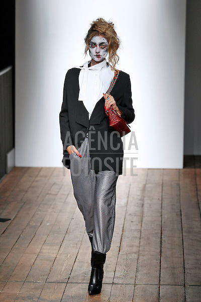 Londres, Inglaterra '15/09/2013 - Desfile de Vivienne Westwood Red Label durante a Semana de moda de Londres  -  Verao 2014. <br /> Foto: FOTOSITE