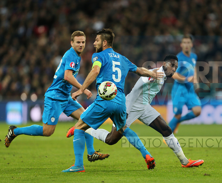 England's Danny Welbeck in action<br /> <br /> - International European Qualifier - England vs Slovenia- Wembley Stadium - London - England - 15th November 2014  - Picture David Klein/Sportimage