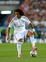 MADRID - ESPAÑA - 22-08-2014: Marcelo, jugador de Real Madrid durante partido de vuelta de la Super Copa de España, Atletico de Madrid  y Real Madrid, en el estadio Vicente Calderon de la ciudad de Madrid, España. / Marcelo, player of Real Madrid during a match for the second leg, between Atletico de Madrid  y Real Madrid of the Super Copa de España in the Vicente Calderon stadium in Madrid, Spain  Photo: Asnerp / Patricio Realpe / VizzorImage.