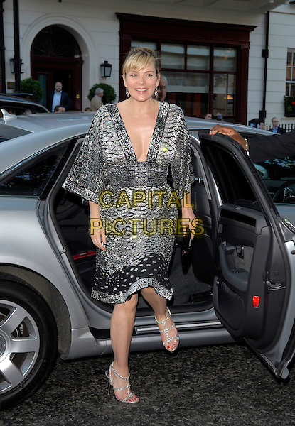 KIM CATTRALL.Arrivals at the 4th Annual Glamour Women Of The Year Awards, Berkely Square Gardens, London, England. .June 5th 2007.full length black silver dress shoes plunging neckline car clutch purse.CAP/FIN.©Steve Finn/Capital Pictures