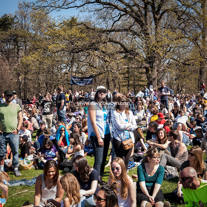 HSUL 20160317 USA, New York, Brooklyn. Democratic presidential nomination candidate Bernie Sanders rally in Prospect Park. Photographer: David Brabyn