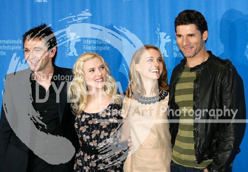 "Justin Chadwick, Scarlett Johansson, Natalie Portman and Eric Bana at the Berlinale 2008, 58. Internationale Filmfestspiele Berlin / 58th Berlin International Film Festival - Photocall for ""The Other Boleyn Girl / Die Schwester der Koenigin"""
