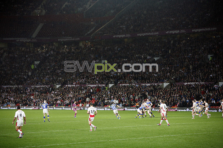 PICTURE BY BEN DUFFY/SWPIX.COM - Rugby League - Super League Grand Final - St. Helens Saints v Leeds Rhinos - Old Trafford, Manchester, England - 04/10/08...Copyright - Simon Wilkinson - 07811267706...GV, General View.