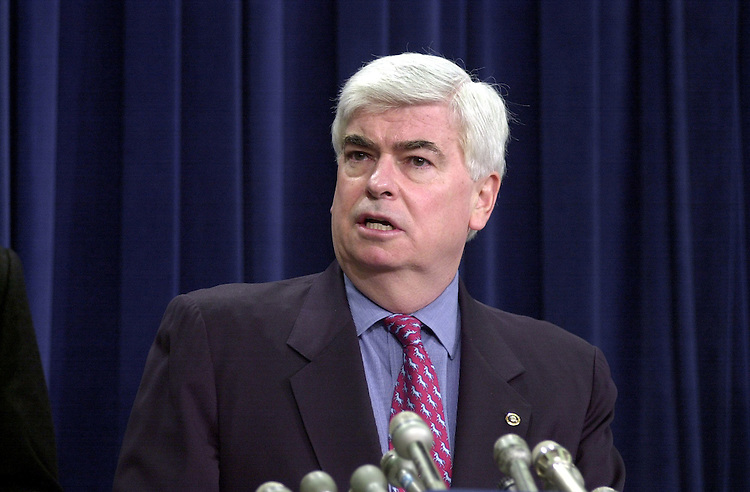 3dodd020801 -- Christopher Dodd, D-Conn.