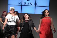 SÃO PAULO, SP, 24.07.2016 - MODA-SP - Desfile da marca Mirasul durante o 14 Fashion Weekend Plus Size que acontece neste domingo, 24 no Centro de Convenções Frei Caneca. (Foto: Ciça Neder/Brazil Photo Press)