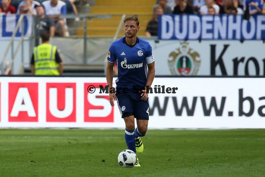 Benedikt Höwedes (FC Schalke 04) - 27.08.2016: Eintracht Frankfurt vs. FC Schalke 04, Commerzbank Arena