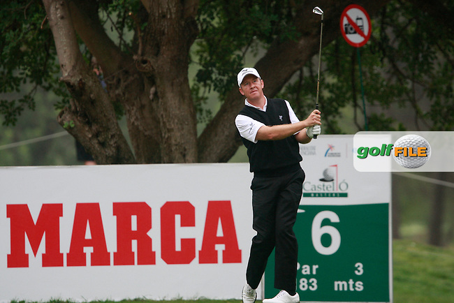 Gary Orr (SCO) tees off on the 6th tee during Friday's Round 2 of the Castello Masters at the Club de Campo del Mediterraneo, Castellon, Spain, 21st October 2011 (Photo Eoin Clarke/www.golffile.ie)