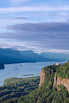 USA, OR, Columbia River Gorge, Vista House at Crown Point