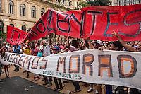 SÃO PAULO, SP, 15/09/214 - PROTESTO/ MTST/ PREFEITURA - Integrantes do MTST se reunem na Praça da República para manifestação em direção à Prefeitura, na tarde desta segunda-feira (15), em São Paulo. (Foto: Taba Benedicto/ Brazil Photo Press)