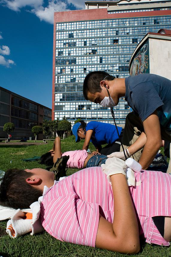 Training in auxilios pre-hospitalarias (pre-hospital emergency attention). The Mexico City campus (Ciudad Universitario) of the UNAM (Universidad Autonomo de Mexico) Mexico City. June 20, 2008