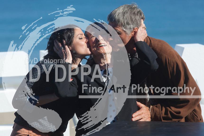Iraia Elias, Amparo Badiola and Kandido Uranga poses