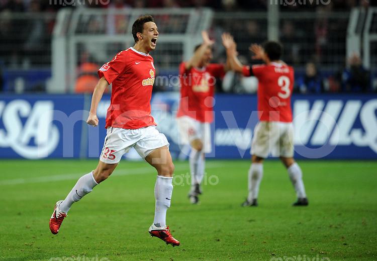 FUSSBALL   1. BUNDESLIGA   SAISON 2010/2010   27. Spieltag Borussia Dortmund - Mainz 05                                19.03.2011 Petar SLISKOVIC (Mainz) jubelt ueber seinen Treffer zum 1:1