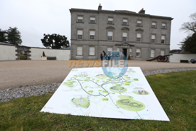 Launch of Boyne Valley Drive with Transport Minister Leo Varadkar..Picture: Fran Caffrey / www.newsfile.ie ..