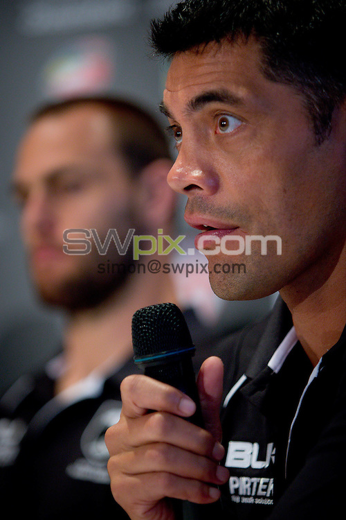 Picture by Patrick Hamilton/ www.photosport.co.nz/SWpix.com - New Zealand coach Stephen Kearney (R) and New Zealand captain Simon Mannering (L) during a preview 4 Nations press conference, Brisbane Australia on October 24, 2014.