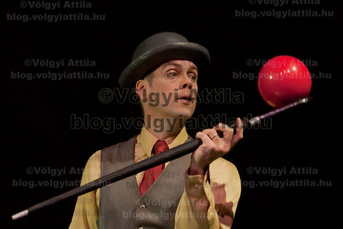 Juggler Steven Ragatz member of the Cirque Mechanics company performs during a press conference of their show Bird House Factory they present in Budapest, Hungary on April 28, 2011. ATTILA VOLGYI