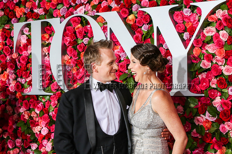 NEW YORK, NY - JUNE 10:  Jamie Parker and Deborah Crowe attend the 72nd Annual Tony Awards at Radio City Music Hall on June 10, 2018 in New York City.  (Photo by Walter McBride/WireImage)