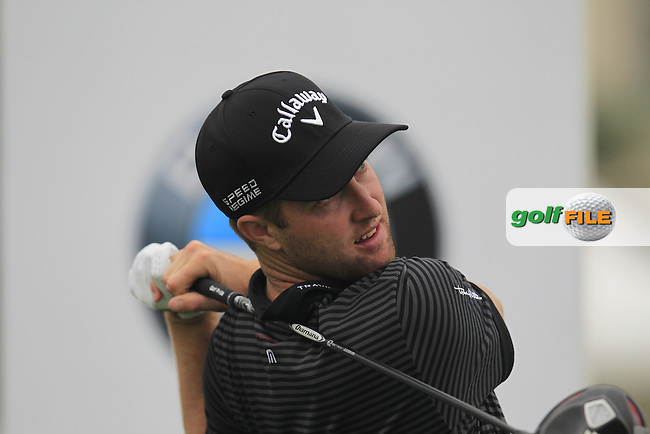 Chris Kirk (USA) tees off the 1st tee during Saturay's Round 3 of the 2014 BMW Masters held at Lake Malaren, Shanghai, China. 1st November 2014.<br /> Picture: Eoin Clarke www.golffile.ie