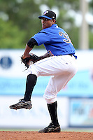 St. Lucie Mets pitcher Estarlin Morel #32 during a game against the Charlotte Stone Crabs at Digital Domain Park on June 21, 2011 in Port St Lucie, Florida.  St. Lucie defeated Charlotte 9-0.  (Mike Janes/Four Seam Images)