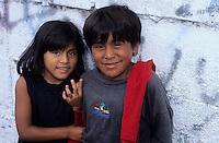 Amérique/Amérique du Sud/Pérou/Lima : Marché de Surquillo - Jeunes péruviens