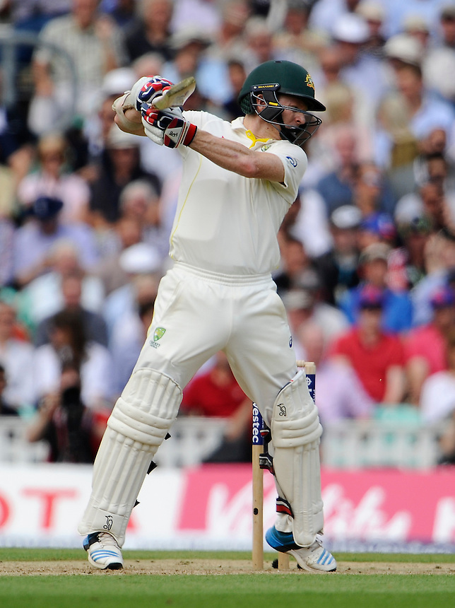 Australia's Chris Rogers in action today<br /> <br /> Photographer Ashley Western/CameraSport<br /> <br /> International Cricket - Investec Ashes Test Series 2015 - Fifth Test - England v Australia - Day 1 - Thursday 20th August 2015 - Kennington Oval - London<br /> <br /> &copy; CameraSport - 43 Linden Ave. Countesthorpe. Leicester. England. LE8 5PG - Tel: +44 (0) 116 277 4147 - admin@camerasport.com - www.camerasport.com