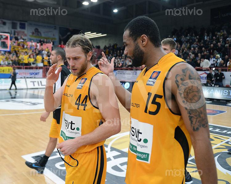Basketball  1. Bundesliga  2012/2013    Walter Tigers Tuebingen  - Alba Berlin    19.12.2012 Entaeuschung Tigers; Vaughn Duggins (li) und Reggie Redding