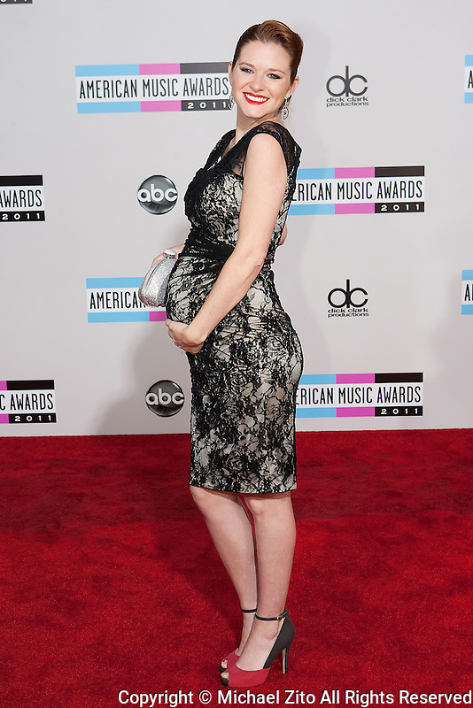11/20/11 Los Angeles, CA: Sarah Drew during the arrivals at the 2011 American Music Awards held at the Nokia Theatre.