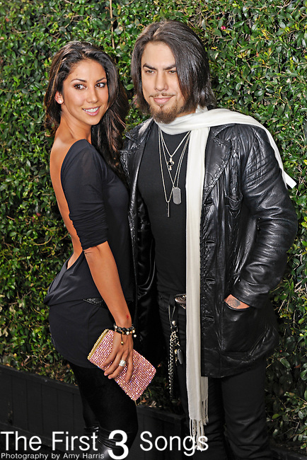 Dave Navarro attends the 2010 American Music Awards VIP After Party hosted by Rolling Stone Magazine at the Rolling Stone Restaurant & Lounge in Los Angeles, California.