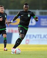 FUSSBALL   1. BUNDESLIGA   SAISON 2012/2013   TESTSPIEL  Werder Bremen - FC Aberdeen         25.07.2012 Eljero Elia (SV Werder Bremen) Einzelaktion am Ball