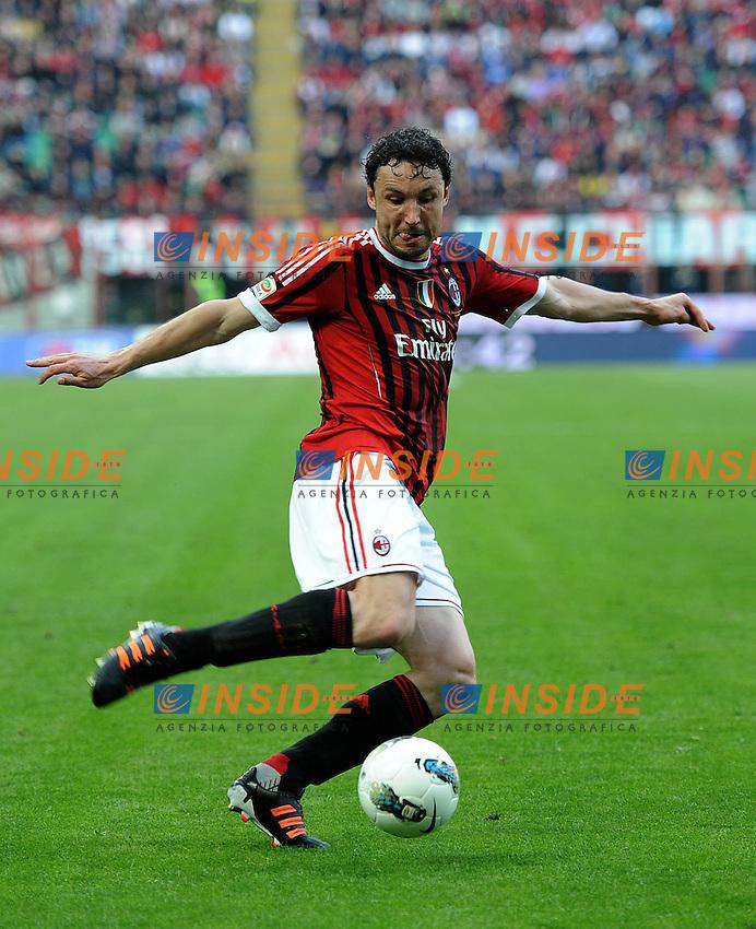 "Mark VAN BOMMEL (Milan).Milano 11/03/2012 Stadio ""Giuseppe Meazza"".Serie A 2011/2012.Football Calcio Milan Vs Lecce.Foto Insidefoto Alessandro Sabattini."