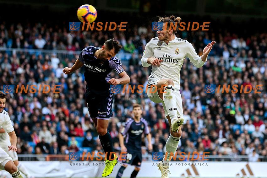 Real Madrid's Gareth Bale and Real Valladolid's Javier Moyano during La Liga match between Real Madrid and Real Valladolid at Santiago Bernabeu Stadium in Madrid, Spain. November 03, 2018. (ALTERPHOTOS/A. Perez Meca)<br /> Liga Campionato Spagna 2018/2019<br /> Foto Alterphotos / Insidefoto <br /> ITALY ONLY